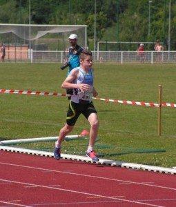 William enfin sous les 3 min au 1000m